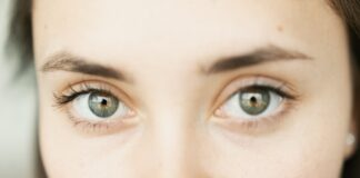 Can LASIK surgery be repeated?